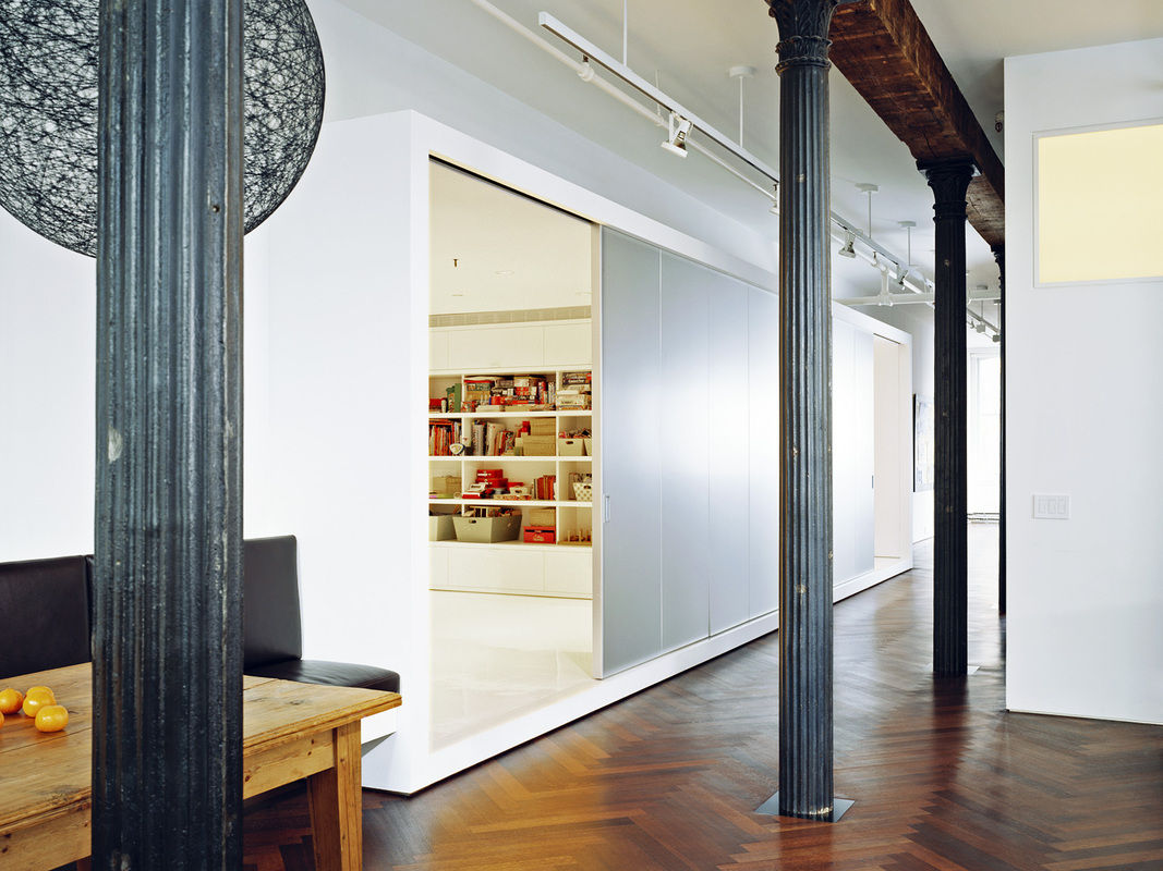 White-street-loft_box-oblique-1067-xxx_q80
