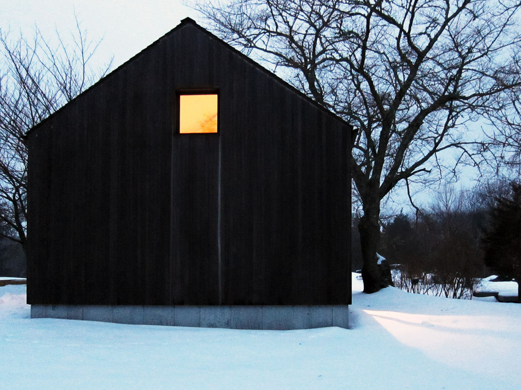 Wood-house_snow-1067-xxx_q80